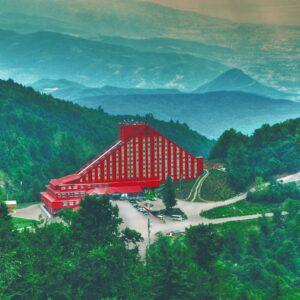 The Green Park Kartepe Resort & Spa Hafta içi 1 Gece 2 Kişi Yarım Pansiyon Konaklama
