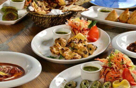 Dubb Indian Bosphorus Restaurant'da Akşam Yemeği