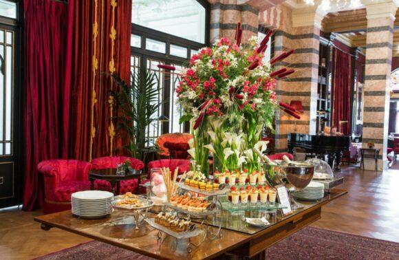 İlham Gencer ile Pera Palace Hotel'de Çay Saati