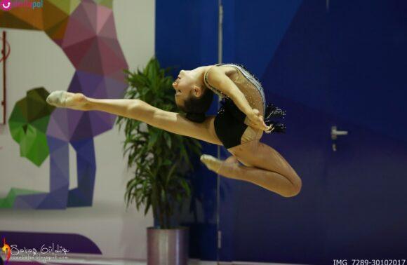 İzmir Şavkar Cimnastik Spor Kulübü'nde Çocuklar İçin Temel Cimnastik Dersi