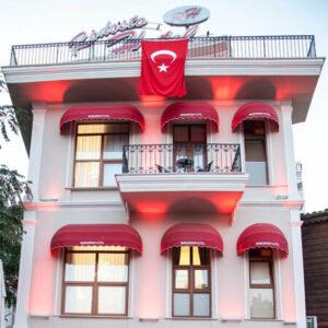 Tekirdağ Rodosto Hotel'de 1 Gece 2 Kişi Oda Kahvaltı Konaklama