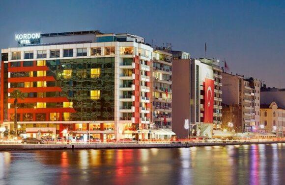 İzmir Kordon Otel Pasaport 1 Gece 2 Kişi Kahvaltı Dahil Konaklam