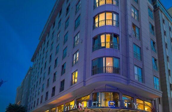 Titanic City Taksim Hotel 1 Gece 2 Kişi Konaklama