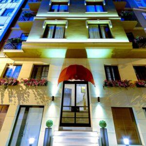 Galata Walton Hotel'de 1 Gece 2 Kişi Kahvaltı Dahil Konaklama