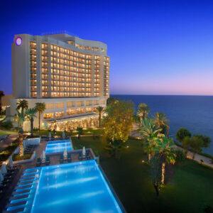 Antalya Akra Hotel 1 Gece 2 Kişi Kahvaltı Dahil Konaklama