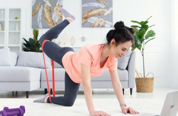 Online Yoga & Pilates Hizmeti