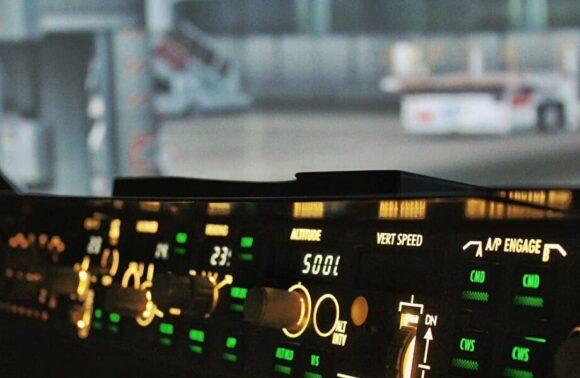 Özel5 SaatlikBoeing 737 SimülatörEğitimi